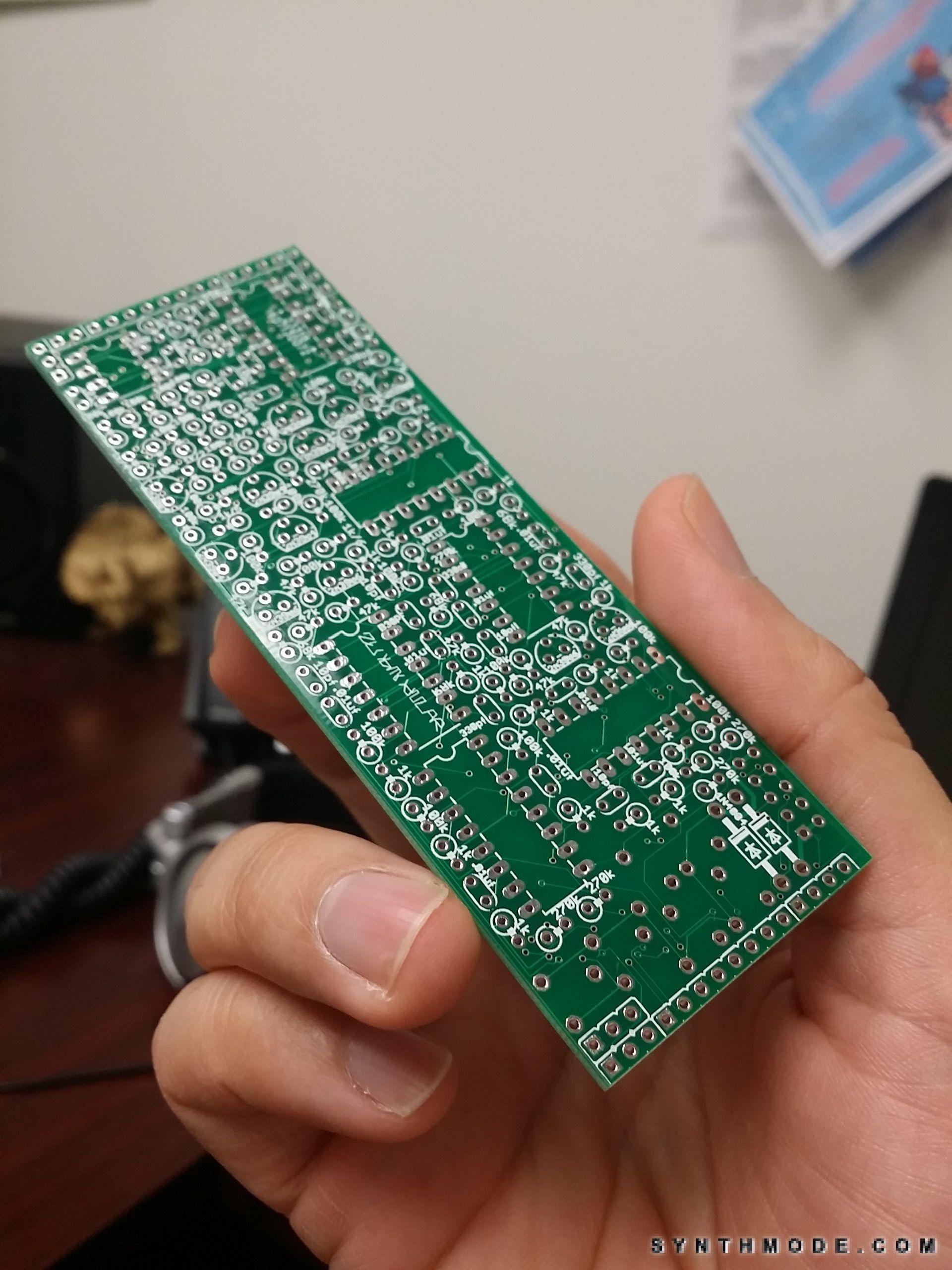 Packing 6 VCAs + mixer in an 8HP DIY Eurorack module